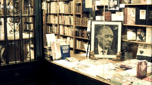 Librería Alberto Casares