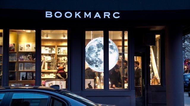 Librería Bookmarc por fuera, foto de Mike G.
